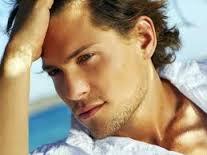 Rinoplastie pentru barbati, operatii estetice la care si barbatii apeleaza cu incredere